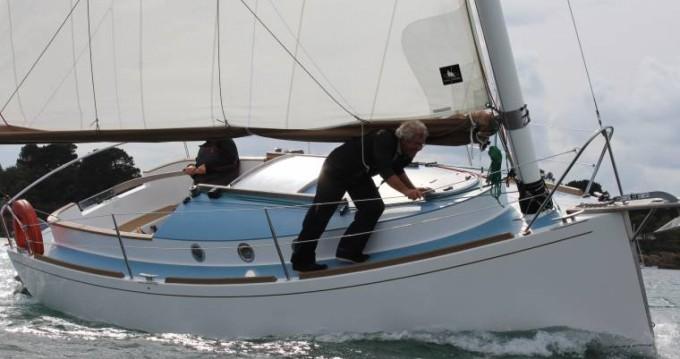Boat rental Pabouk  700 in La Trinité-sur-Mer on Samboat