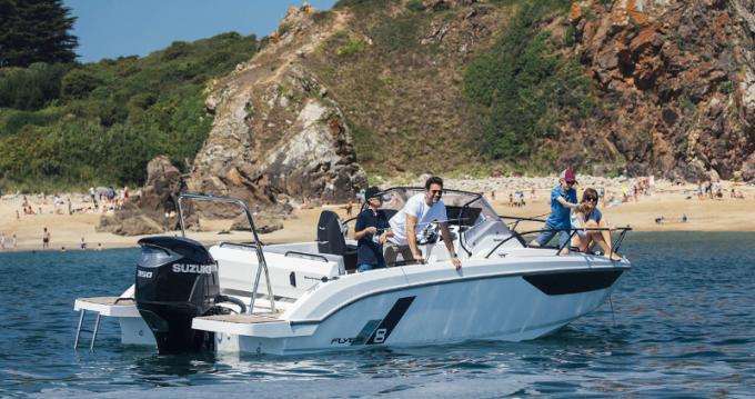 Rental yacht Hyères - Bénéteau Flyer 8 SUNdeck on SamBoat