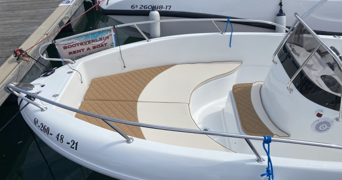 Motorboat for rent Port d'Andratx at the best price