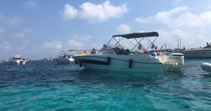 Rental Motorboat in Antibes - Jeanneau Cap Camarat 7.5 WA Serie 2