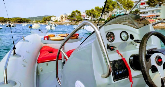 Hire Motorboat with or without skipper ZODILUX Santa Ponsa