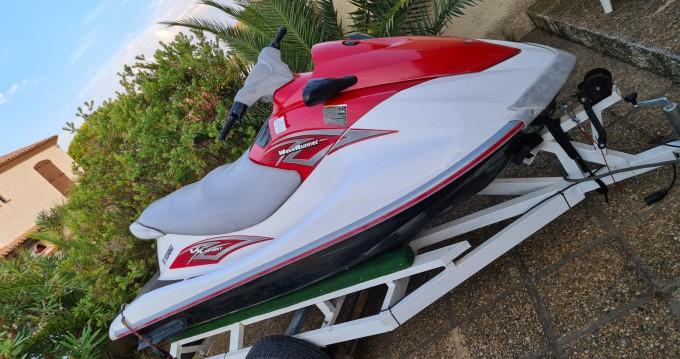 Boat rental Yamaha VX 110 in Canet-en-Roussillon on Samboat