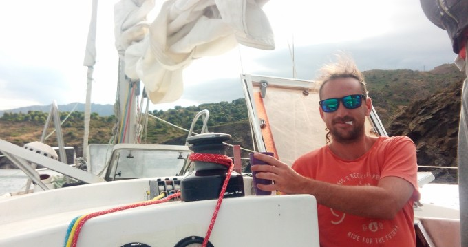 Sailboat for rent Port Leucate at the best price