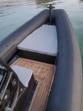 Hire RIB with or without skipper Sea Water Bonifacio