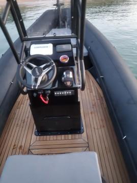 Sea Water Smeralda 230 between personal and professional Bonifacio
