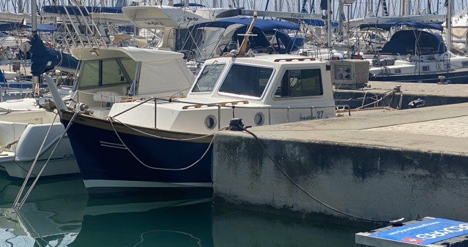 Rental Motorboat Sciallino with a permit
