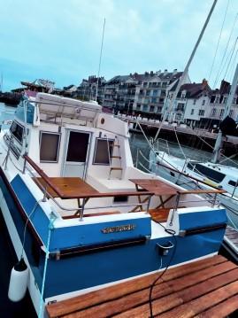 Rental Motorboat in La Baule-Escoublac - Jeanneau Almeria 860 Fly
