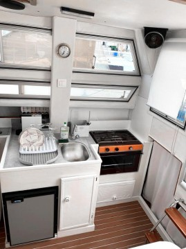 Motorboat for rent La Baule-Escoublac at the best price