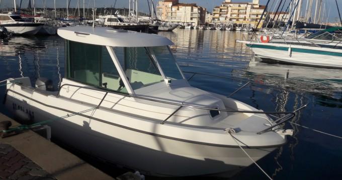 Boat rental Bénéteau Antares 600 in Boyard-Ville on Samboat