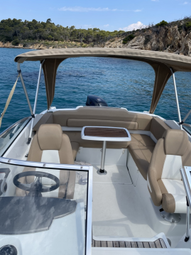 Motorboat for rent Les Salins d'Hyères at the best price