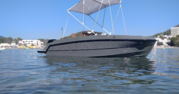 Hire Motorboat with or without skipper Magonis Santa Eulària des Riu