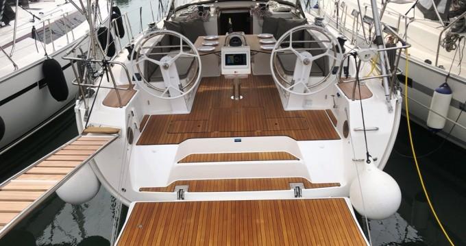 Boat rental Bavaria Bavaria 46 Cruiser in Kos on Samboat