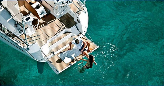 Rental yacht Alimos - Bavaria Bavaria 46 Cruiser on SamBoat