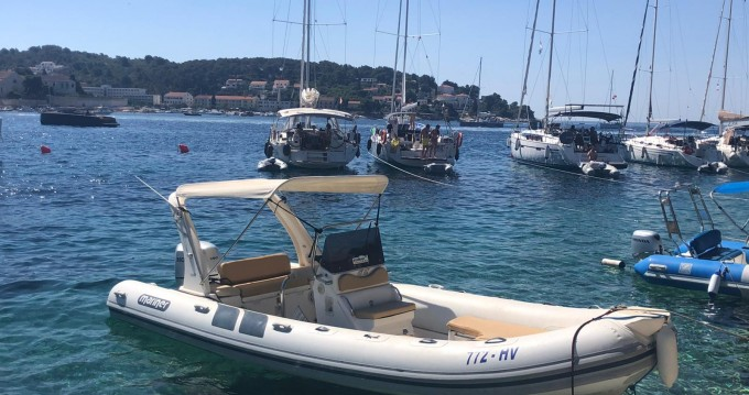 Hire RIB with or without skipper Mariner Hvar