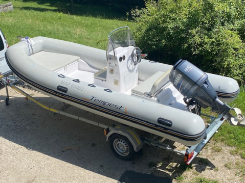 Boat rental Annecy cheap Tempest 505 Easy