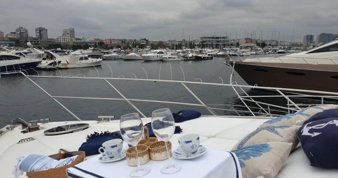 Rental Yacht in Konyaaltı - Fairline Squadron 65