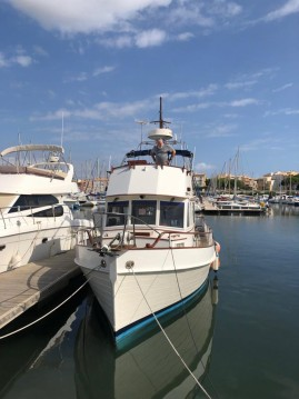 Hire Motorboat with or without skipper Grand Banks Le Cap d'Agde