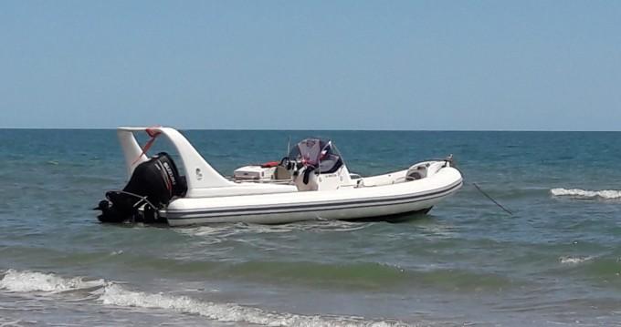 Boat rental Marseillan cheap Medline 3