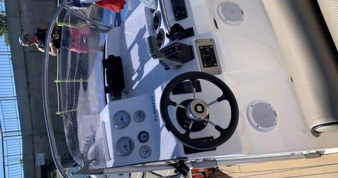 Rental yacht Marseillan - Zodiac Medline 3 on SamBoat