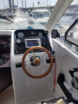 Jeanneau Merry Fisher 755 between personal and professional Saint-Quay-Portrieux