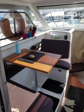 Boat rental Jeanneau Merry Fisher 755 in Saint-Quay-Portrieux on Samboat