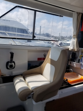 Hire Motorboat with or without skipper Jeanneau Saint-Quay-Portrieux