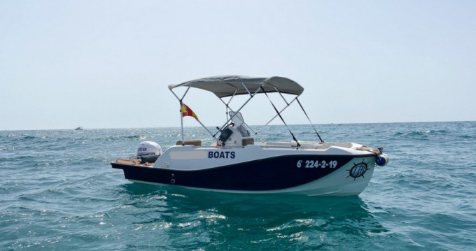 V2 BOATS 5.0 SPORT between personal and professional Torrevieja