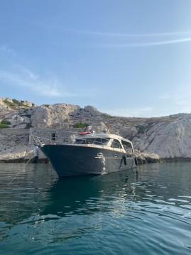 Rental Motorboat in Pointe-Rouge - Arcoa Mystic 39