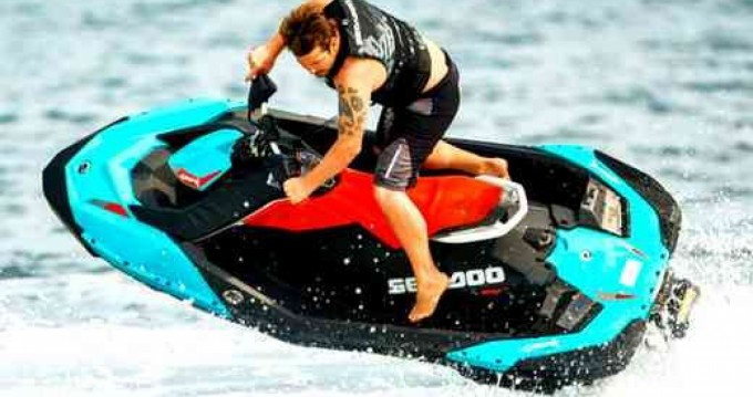 Hire Jet Ski with or without skipper Sea-Doo Hyères