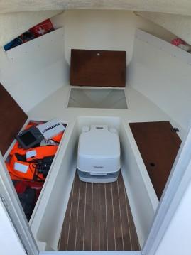 Boat rental Sbpem Eurofish 520 in Cadillac-en-Fronsadais on Samboat