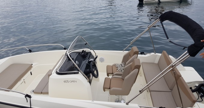 Motorboat for rent Marseille at the best price
