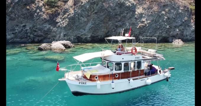 Boat rental Konyaaltı cheap Trawler