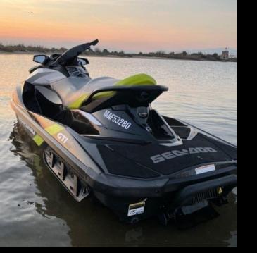 Rental Jet Ski Sea-Doo with a permit