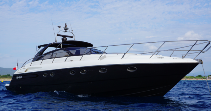 Hire Yacht with or without skipper Princess Fréjus