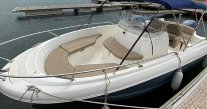 Boat rental Lake Neuchâtel cheap Cap Camarat 6.5 CC