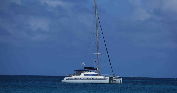Rent a Fountaine Pajot Belize 43 Rotoava