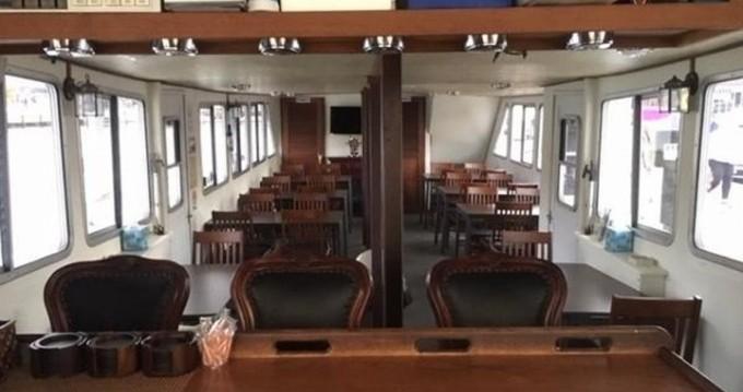 Rental Yacht in Annapolis - Custom DMR Yacht Passenger