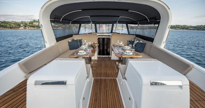 Boat rental Alimos cheap Jeanneau 64 - LIFE TIME