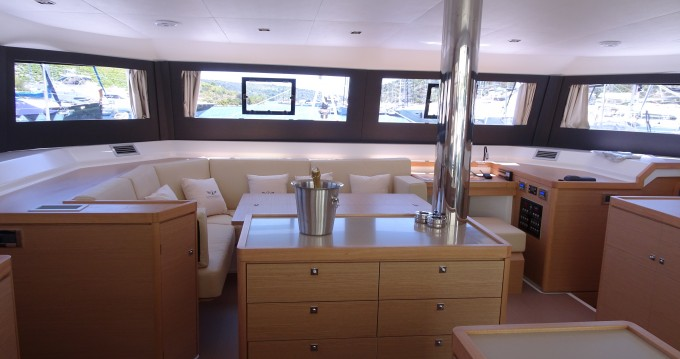Hire Catamaran with or without skipper Dufour Rogoznica