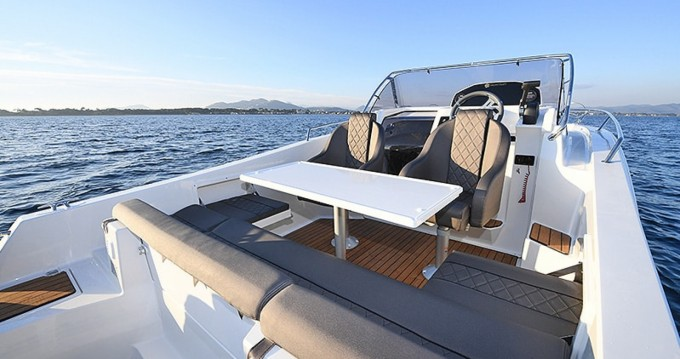 Hire Motorboat with or without skipper Pacific Craft Nice