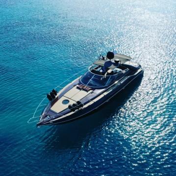 Rental Motorboat in Glyfada - Sunseeker Camargue 47