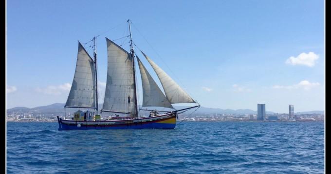 Hire Sailboat with or without skipper CONSTRUCTION UNIQUE La Ciotat