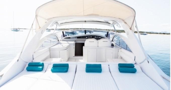 Boat rental Pershing Pershing 45 in Ibiza Town on Samboat