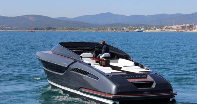 Boat rental Cannes cheap Dolce Riva 48