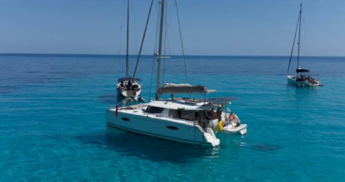 Rental Catamaran in San Antonio Port - Fountaine Pajot Helia 44
