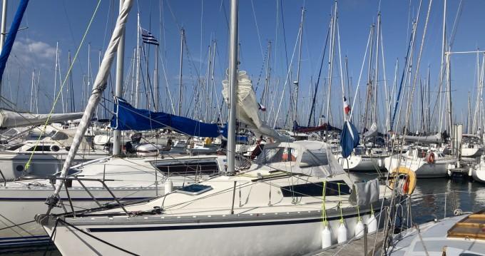 Boat rental Jeanneau Eolia in Pornichet on Samboat