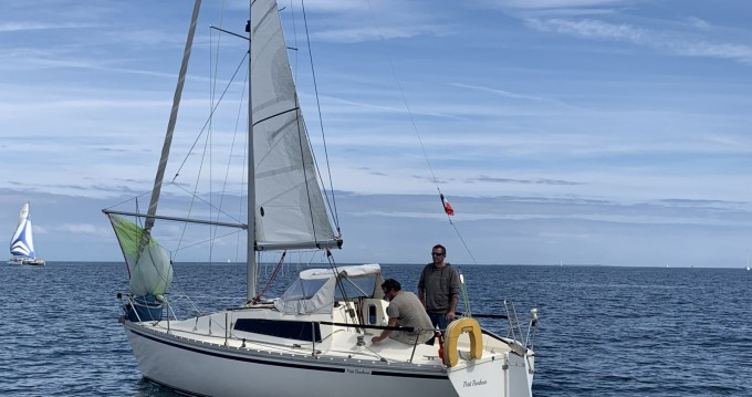 Hire Sailboat with or without skipper Jeanneau Pornichet