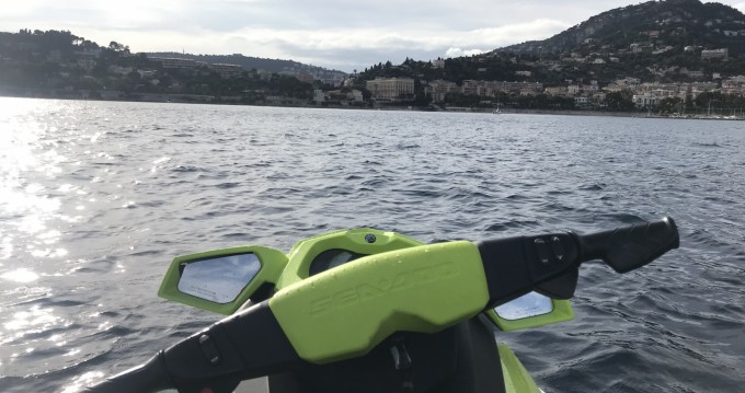 Boat rental Nice Ferry Port cheap Gti 130 Pro