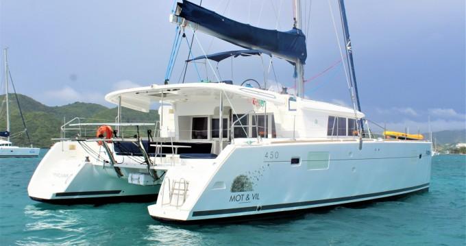 Boat rental Lagoon Lagoon 450 F in Le Marin on Samboat