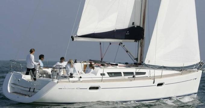 Boat rental Jeanneau Sun Odyssey 42i in Heraklion on Samboat